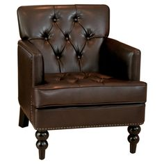 Love the tufting on this accent chair! 25 of the best affordable accent chairs on ablissfulnest.com