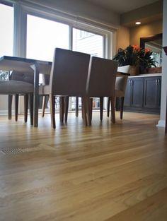 Red oak hardwood floors left is oil based polyurethane and for Hardwood floors queen christina