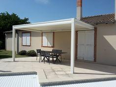 Pergola bioclimatique, à lames orientables, installée chez un de nos clients à Toulouse. Rdv sur le site !