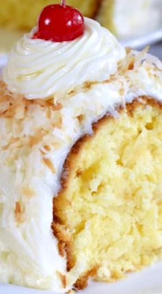 Pineapple and coconut add a fun summer twist to this easy Pina Colada Bundt Cake. It's a great dessert for summer picnics or barbecues. Watch everyone smile as they grab a slice. Summer Desserts, Just Desserts, Delicious Desserts, Dessert Recipes, Bunt Cakes, Cupcake Cakes, Little Lunch, Pound Cake Recipes, Cake Mix Pound Cake