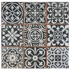 Faventie ceramic black&white medallion tile - gorgeous for kitchen backsplash or bathroom floor