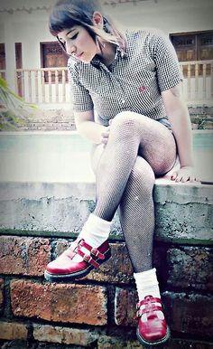 My name is Camila and I'm from Argentina :) I love Automatic Loveletter,Nightwish,Tarja & The Beatles Chica Skinhead, Skinhead Reggae, Skinhead Girl, Skinhead Fashion, Skinhead Style, Chelsea Cut, Chelsea Girls, Mod Fashion, Man Fashion