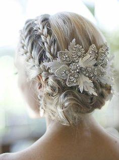 Head Piece for your wedding hair, very romantic look.