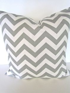 THROW PILLOW SHAM / COVER 18X18 GRAY/ NATURAL CHEVRON ZIG ZAG GEOMETRIC