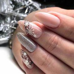 Holiday Nail Designs, Winter Nail Designs, Nail Art Designs, Nails Design, Xmas Nails, Holiday Nails, Christmas Nails, Diy Christmas Ornaments, Christmas Lights