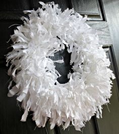 Down to Earth Style: Muslin Rag Wreath for Spring