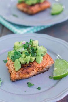 Best Salmon with Avocado Salsa | http://mayakitchenette.com/best-salmon-with-avocado-salsa/