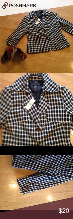 NWT New York &Company  stretch jacket / blazer . NWT black and white New York & Company jacket / blazer .with glass cat eye buttons New York& company Jackets & Coats Blazers