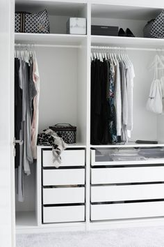 White Scandinavian Closet Design