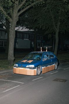 This Guy Walks the Streets at Night Pimping Strangers' Rides with Cardboard | VICE | United States