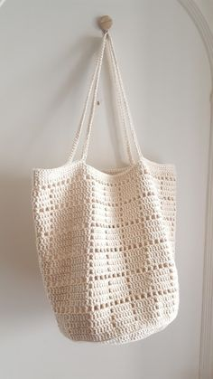Marvelous Crochet A Shell Stitch Purse Bag Ideas. Wonderful Crochet A Shell Stitch Purse Bag Ideas. Crochet Market Bag, Crochet Tote, Crochet Handbags, Diy Crochet, Crochet Purses, Crochet Stitches, Crochet Patterns, Bag Patterns, Pattern Ideas