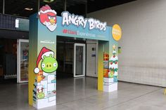 Angry Birds Archway - Temporary Display - Cardboard Design - POS Design