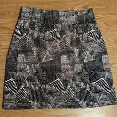 *fladh sale* Madewell NWT skirt sz small Madewell back and white skirt sz small new with tags!! Madewell Skirts Mini