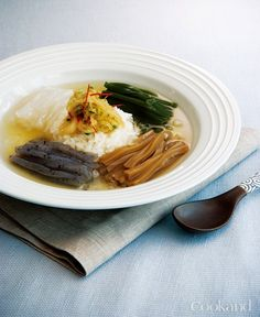 차가운 국물 요리 이미지 1
