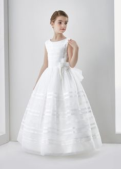 Nectarean Ball Gown Sleeveless Bow(s) Floor-length Organza Communion Dresses
