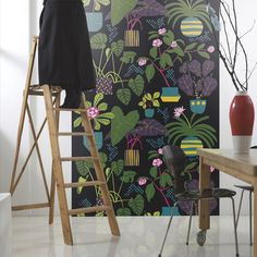 "Marimekko Volume 4 Ikkunaprinssi 9.84' x 55.12"" Floral and Botanical Wallpaper"