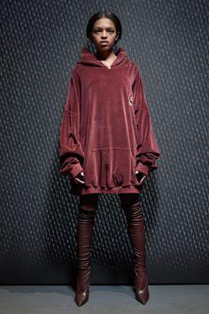 Yeezy Fall 2017 Ready-to-Wear Fashion Show - Selah Marley