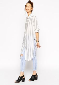 http://www.asos.de/damen/fashion-news/2015_06_18-thur/maxi-shirts-skinny-jeans/?CTARef=Article|Latest News Article