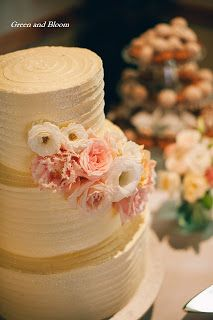Cake Flowers by Green and Bloom in a Cake Star wedding cake.  Green & Bloom - Flowers, Props, Styling