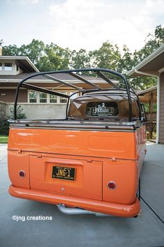 Updated with pinstriping and emblem Volkswagen Bus, Vw T1, Vw Camper, Kombi Pick Up, Kdf Wagen, Combi Vw, Cali Style, Transporter, Building A Website