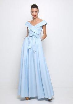 Μάξι φόρεμα πουά έξωμο Formal, Style, Fashion, Moda Femenina, Preppy, Swag, Moda, Fashion Styles, Fashion Illustrations