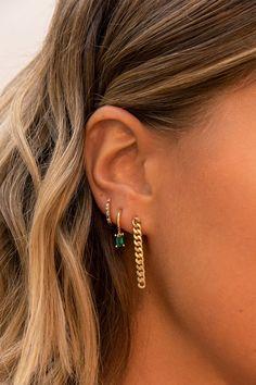 Nail Jewelry, Cute Jewelry, Gold Jewelry, Jewelry Accessories, Trendy Jewelry, Fashion Jewelry, Women Jewelry, Pretty Ear Piercings, Ear Peircings