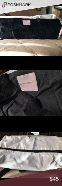 38470d58e5 Victoria s Secret Gym bag Never used Victoria s Secret Gym bag