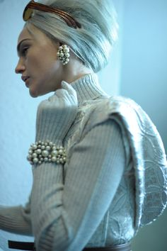 turtleneck + gloves + pearls + updo = recreatable version of couture // Jean Paul Gaultier, FW11