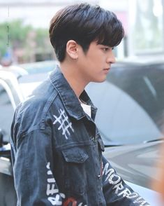 Kim Jinhwan, Chanwoo Ikon, Ikon Leader, Ikon Debut, Ikon Wallpaper, Love At First Sight, Yg Entertainment, South Korean Boy Band, Boy Bands