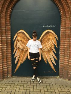Murals Street Art, 3d Street Art, Amazing Street Art, Mural Art, Graffiti Art, Angel Wings Art, Angel Art, Wings Drawing, Sidewalk Art