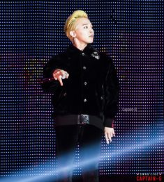 161125 G-Dragon - BIGBANG 0.TO.10 THE FINAL in Osaka