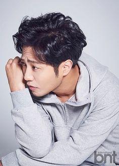 Bnt International Puts the Focus on Descendants of the Sun's Jin Goo Korean Male Actors, Asian Actors, Seo Dae Young, Jun Matsumoto, Hong Ki, In The Air Tonight, Park Hyung, Asian Love
