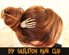 Skeleton Hair Clip! Totally doing this for Halloween this year!