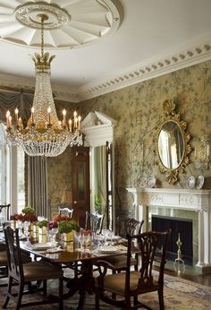 30 Awesome Picture of Elegant Dining Room . Elegant Dining Room Chinoiserie Wallpaper And Panels Take The Stage In These 12 Rooms Antique Dining Rooms, Country Dining Rooms, Elegant Dining Room, Luxury Dining Room, Beautiful Dining Rooms, Dining Room Design, Dining Room Furniture, Room Chairs, Dining Set