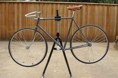 Simplistic road bike.  I love the brooks saddle