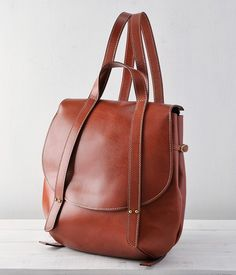 minimal leather bag