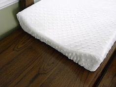 A Load Of Craft: Tutorial: How To Make A Contoured Changing Pad Cover