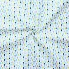 Sommerlicher Baumwollstopf mit Tropfen in blau, grün und mint. Für nur 7,50€/Meter könnt ihr den Stoff shoppen auf: https://www.stoffkontor.eu/100-baumwollstoff-tropfen-farbe-weiss-guren-blau-15653/a-15653/
