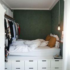 Bedroom Hacks, Room Ideas Bedroom, Dream Bedroom, Bedroom Decor, Nordli Ikea, Platform Bed Designs, Bed Nook, Ikea Bed, Small Room Design