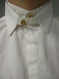 collar detail #NaaiAntwerp