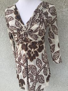 SWEET PEA Medium Blouse Top 3/4 Sleeve White Brown Floral V-Neck