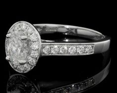 Oval Halo Diamond Engagement Ring HD018
