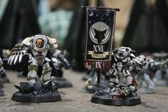 Luna Wolves - Standard Bearer