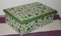 Resultado de imagen de como pegar servilletas en caja