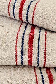 Weaving Textiles, Textile Fabrics, Home Textile, Grain Sack, Linens And Lace, Fabulous Fabrics, Fabric Samples, Natural Linen, Rugs On Carpet