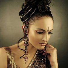 Shree creme makeup by Simmi ghai and Shival ghai. #BridalMakeup #MakeUp