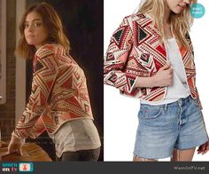 Aria's red embroidered jacket and embellished tee on Pretty Little Liars Grunge Look, 90s Grunge, Grunge Style, Soft Grunge, Grunge Outfits, Pll Outfits, Tv Show Outfits, Cute Outfits, Style Aria Montgomery