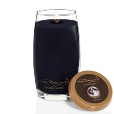 Pure Radiance, After Dark™ : a nocturnal mix of night air, garden herbs, rich woods and musk.