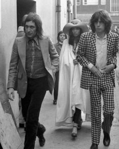 Mick Jagger Rolling Stones, Rolling Stones Logo, Charlie Watts, Lady And Gentlemen, Get Dressed, Rock Bands, Rock And Roll, Gentleman, Couple Photos