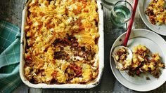 Vegetable shepherd's pie This simple, hearty, meat-free shepherd's pie is packed full of healthy vegetables and lentils. Omit the Worcestershire sauce and Parmesan to make it a hearty vegetarian dinner Pie Recipes, Veggie Recipes, Cooking Recipes, Veggie Dishes, Vegetable Meals, Lentil Recipes, Bbc Good Food Recipes, Lamb Recipes, Veggie Food